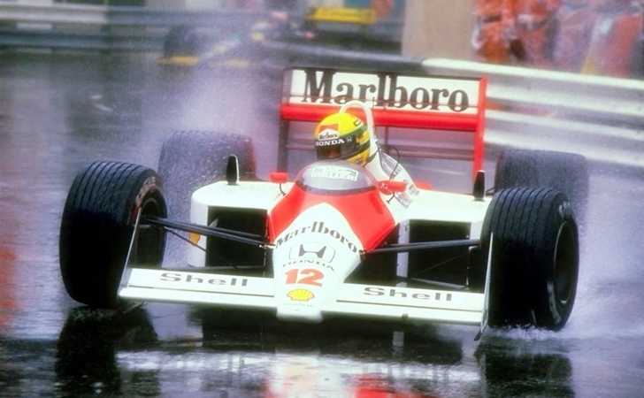 Ayrton_Senna_maclaren_Raining