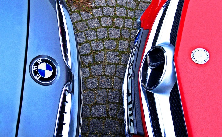 BMW 4 Serisi Coupe ve Mercedes E Serisi Coupe