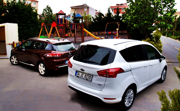 Ford B-Max ve Renault Clio ST