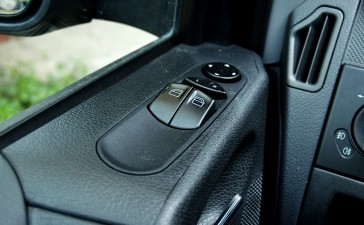 Hyundaii10veMercedesVito