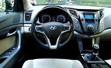 HyundaiI40vsToyotaAvensis