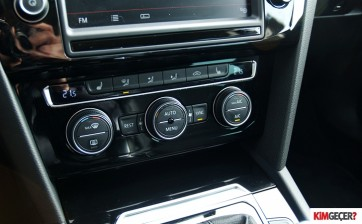 Ford Mondeo mu VW Passat mi