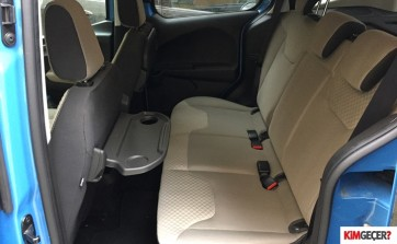 dacia lodgy vs ford tourneo courier