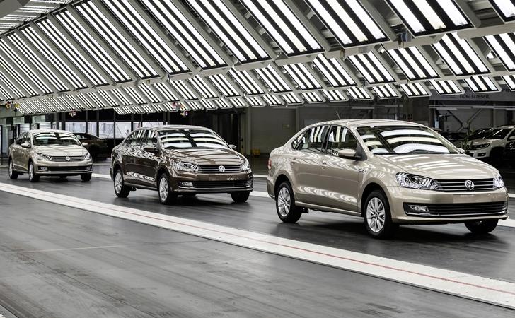 VW, üretim fazlası Polo Sedanlar için yeni yuva arıyor