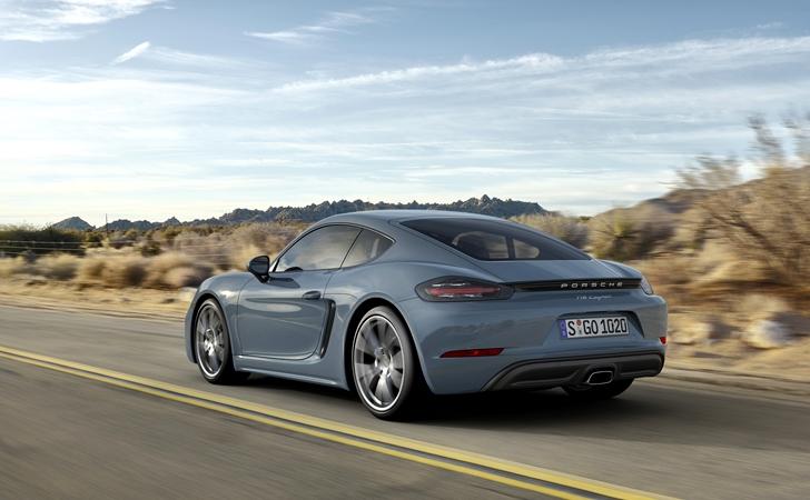 Porsche718005