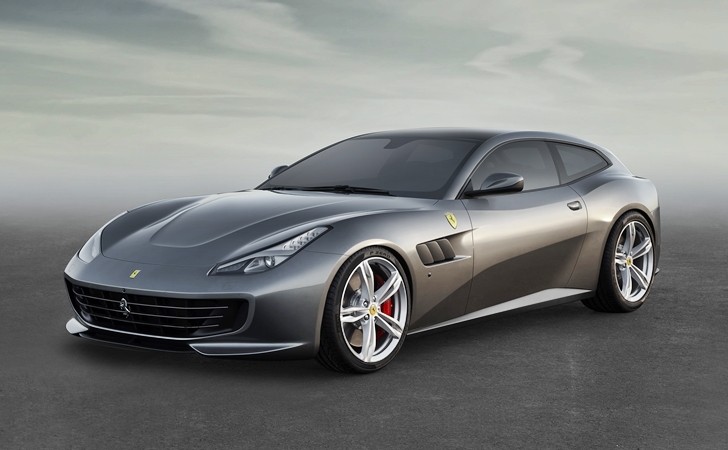FF'in halefi geldi: Ferrari GTC4Lusso