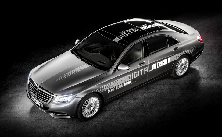 Farlarda HD çağı: Mercedes Digital Light