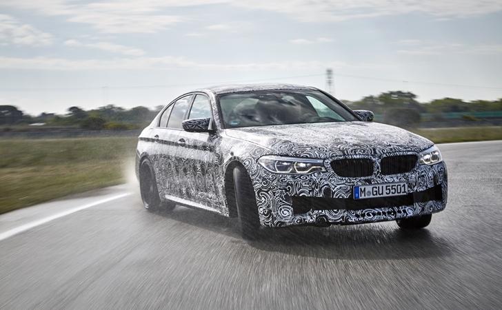 Perde açılıyor: Yeni nesil BMW M5