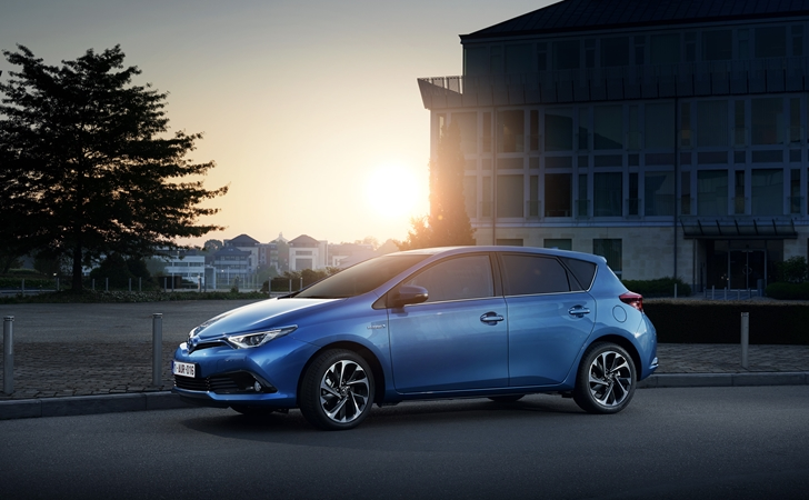 Satışa sunuldu: Toyota Auris Hybrid