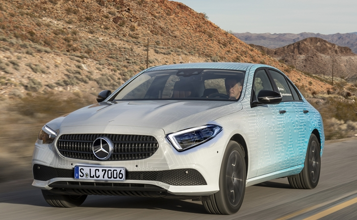 Makyaja hazır: Mercedes E Serisi