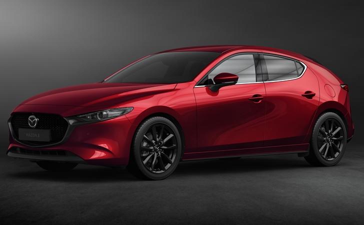 Ve işte karşınızda: Yeni nesil Mazda3