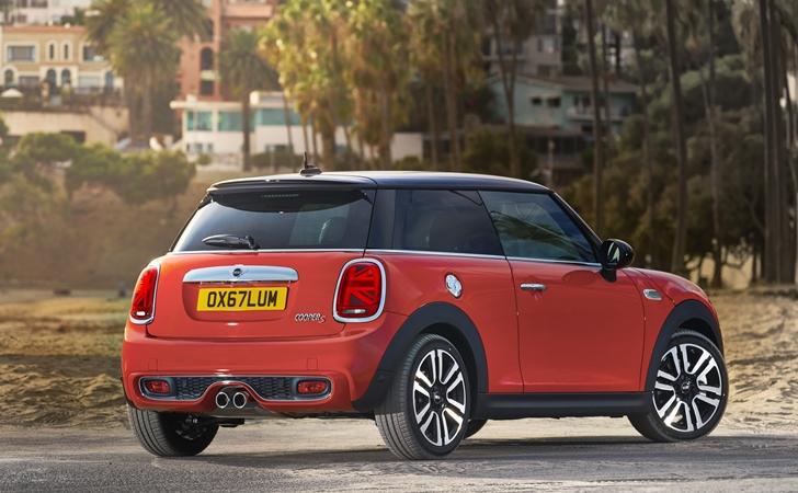 Artık daha Britanyalı: Makyajlı Mini HB