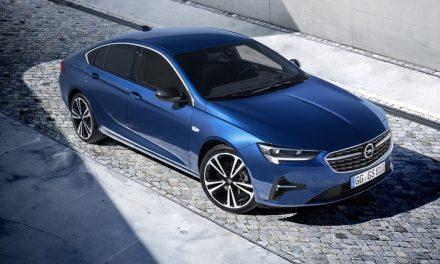 Makyajıyla karşınızda: Opel Insignia