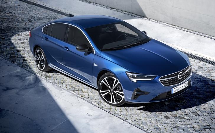 Makyajıyla karşınızda: Opel Insignia (Güncellendi)