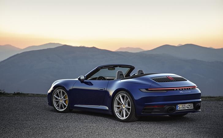 Isınmaya hazır: Porsche 911 Cabriolet