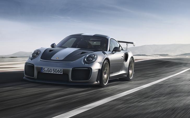 700 HP'yle karşınızda: Porsche GT2 RS