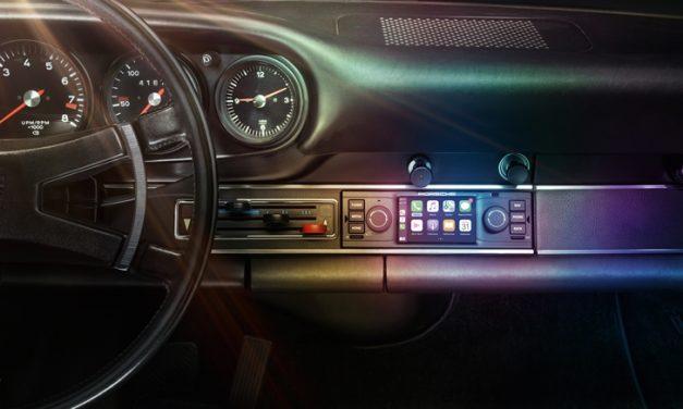 Eski Porschelere yeni multimedya