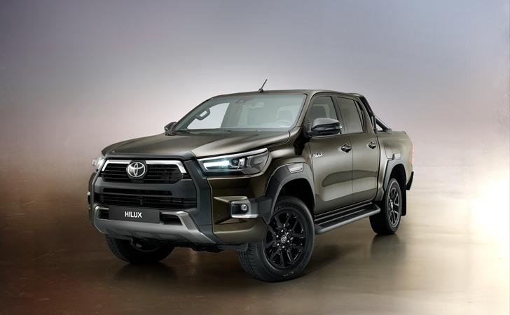 Satışa sunuldu: Makyajlı Toyota Hilux